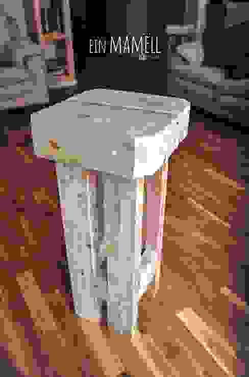 Taburetes en madera de palets. Ein Mamëll SalonesTaburetes y sillas