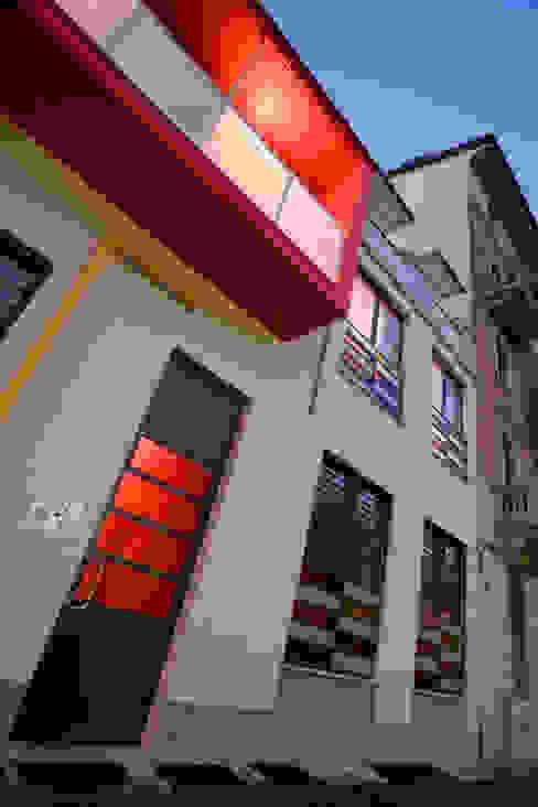 Via Pinelli - facciata su strada info4577 Case in stile industriale