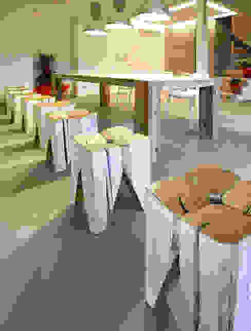 Trepuntozero studio di Architettura e Design의 현대 , 모던