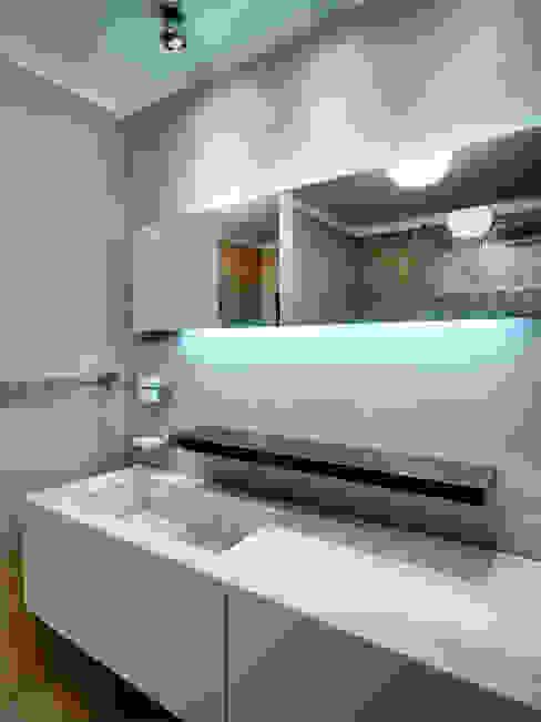 Modern bathroom by Studio Marco Piva Modern