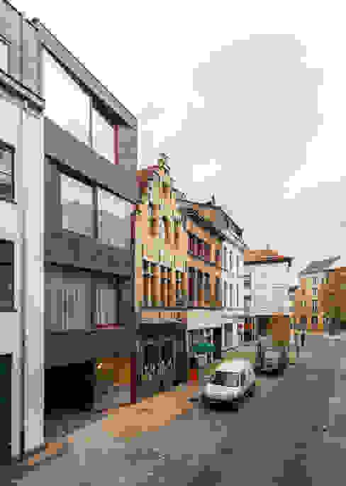 studios HKS Maisons modernes par P8 architecten Moderne