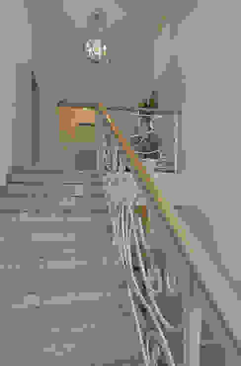 玄關、走廊與階梯 by ARKETYP,