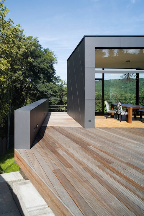 Westterrasse Markus Gentner Architekten Moderner Balkon, Veranda & Terrasse