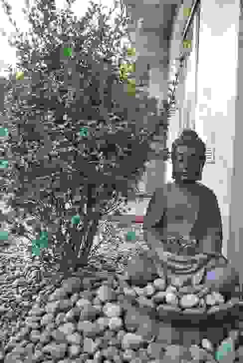 Ogród minimalistyczny ze strefą do medytacji: styl , w kategorii Łazienka zaprojektowany przez Ogrody Przyszłości,Minimalistyczny
