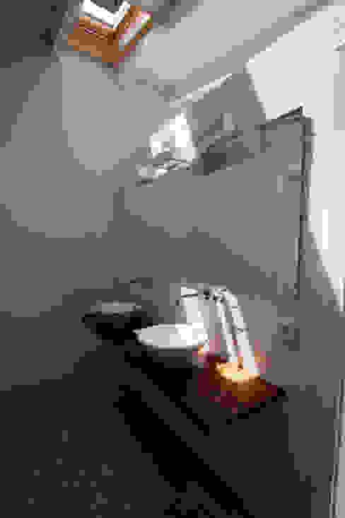 Suite FG ARQUITECTES ห้องน้ำ