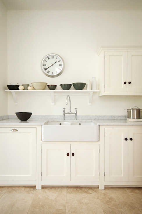 The Tunbridge Wells Shaker Kitchen by deVOL Classic style kitchen by deVOL Kitchens Classic