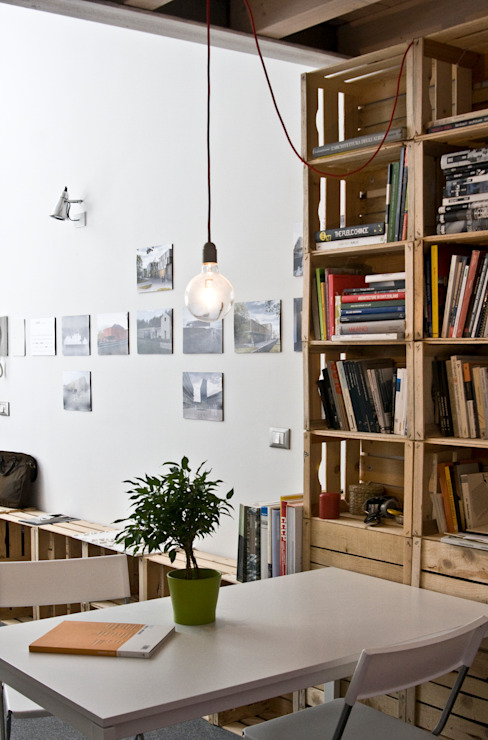 spazio riunioni Studio in stile industriale di homify Industrial
