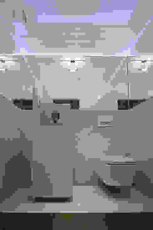 Ванная комната в стиле минимализм от STUDIO ARCHITETTURA MASSIMO NODARI Минимализм