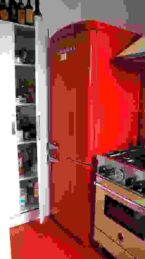 Cucina-dettaglio di Marzia Bettoli Interior Designer Moderno
