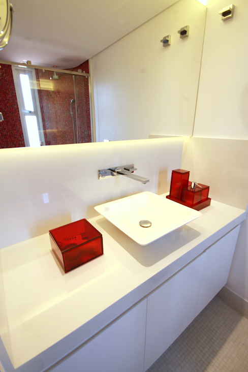 Modern Bathroom by MeyerCortez arquitetura & design Modern