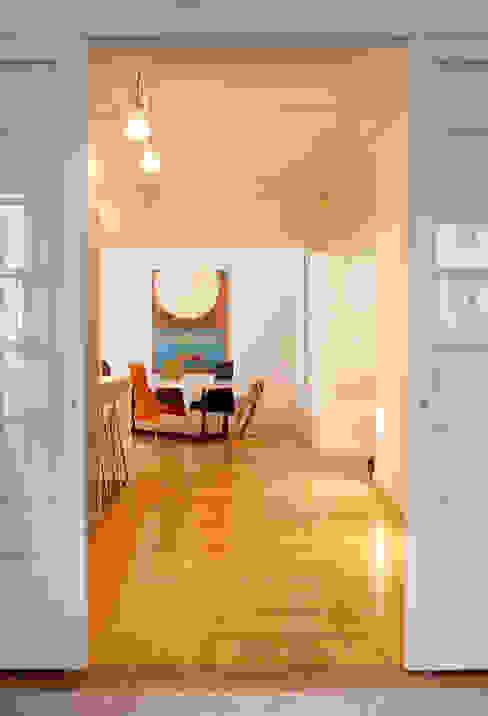 Vivienda Ortega y Gasset.Madrid Comedores de estilo moderno de Beriot, Bernardini arquitectos Moderno