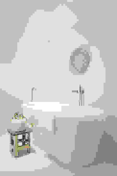 Baden Baden Interior Modern bathroom