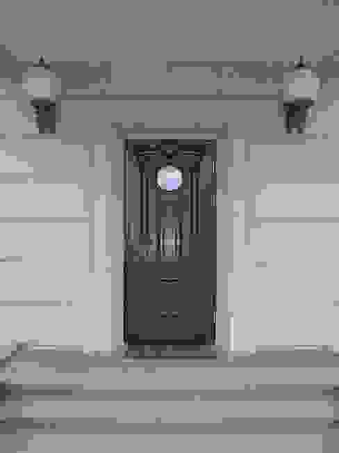 Двери от ООО 'Катэя+' Классический