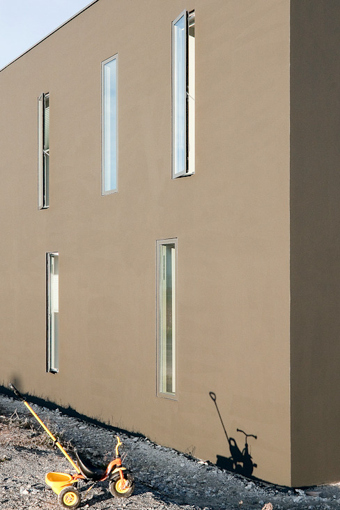 Minimal style window and door by f m b architekten - Norman Binder & Andreas-Thomas Mayer Minimalist