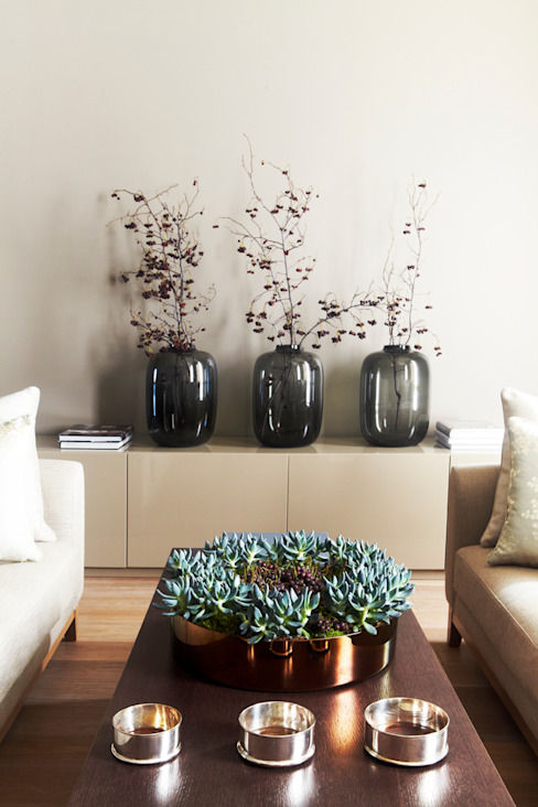 Salas de estilo moderno de Дизайн бюро Татьяны Алениной Moderno