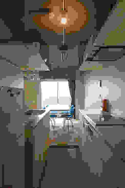 築地・ROOM・H(TSUKIJI・ROOM・H) モダンデザインの ダイニング の 吉田裕一建築設計事務所 モダン