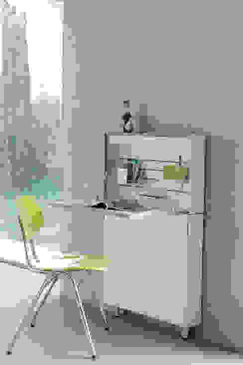 de estilo  por Müller Möbelwerkstätten, Moderno