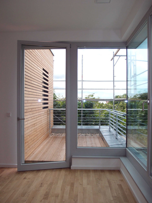 gaillard, Dachterrasse plaanpool Tangerding Kurth GbR Moderner Balkon, Veranda & Terrasse