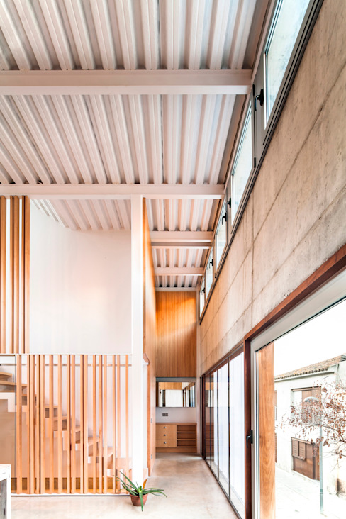 Casa Migdia Sau Taller d'Arquitectura Comedores de estilo minimalista