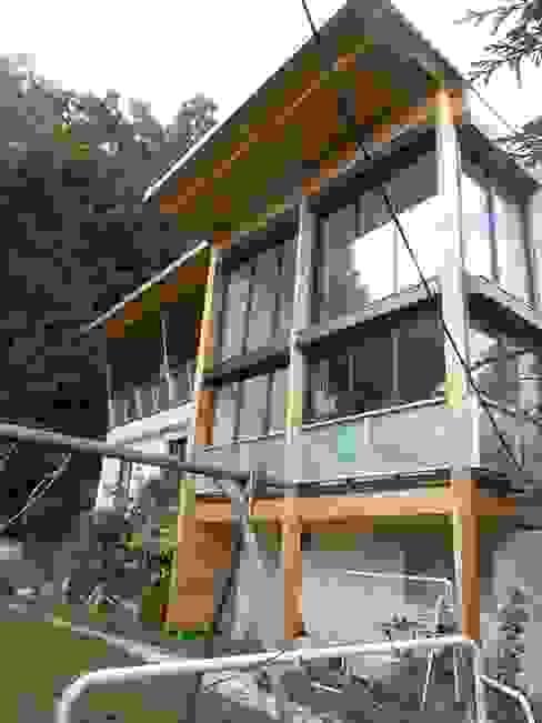 Côté jardin Maisons modernes par Francis Chatelin Moderne