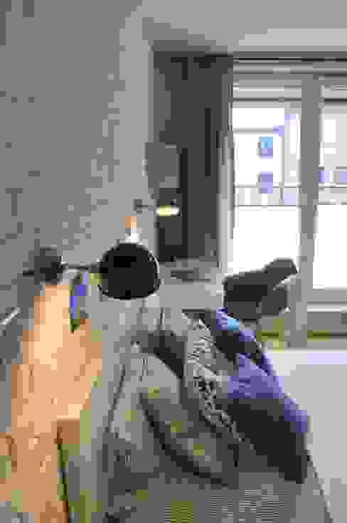 Nadwiślańska \ realizacja: styl , w kategorii Sypialnia zaprojektowany przez NIESKROMNE PROGI,Skandynawski