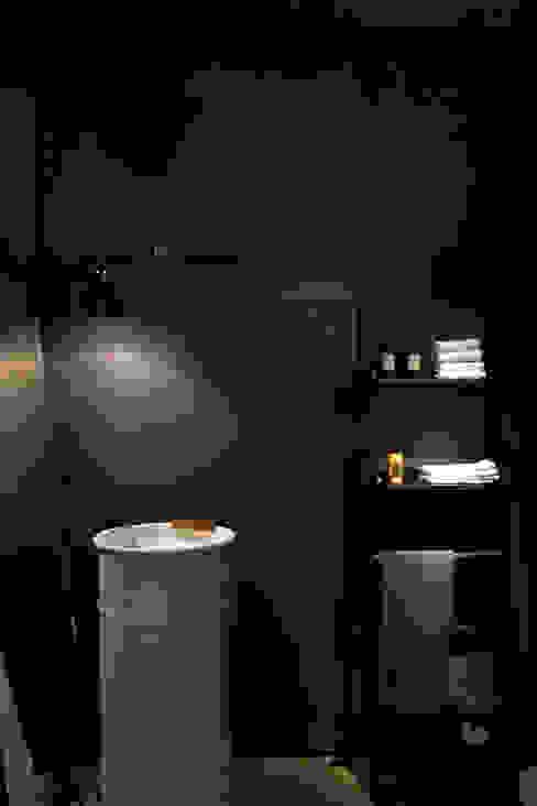 Casas de banho  por Studio Fabio Fantolino, Moderno