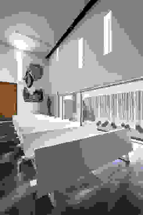 ห้องนั่งเล่น โดย Hernández Arquitectos, โมเดิร์น