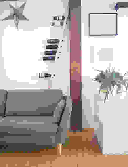 TU LAS wine rack in private interior TU LAS EsszimmerWeinregale