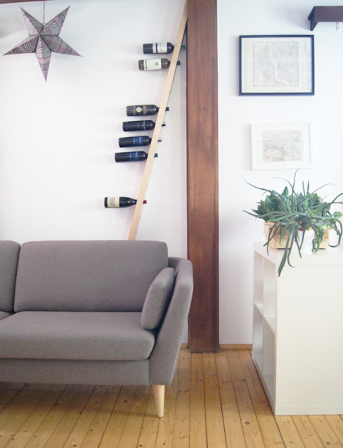 TU LAS wine rack in private interior por TU LAS Minimalista