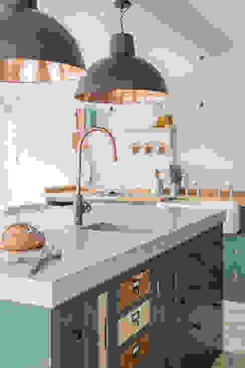 Our Industrial Showroom Industriële keukens van homify Industrieel