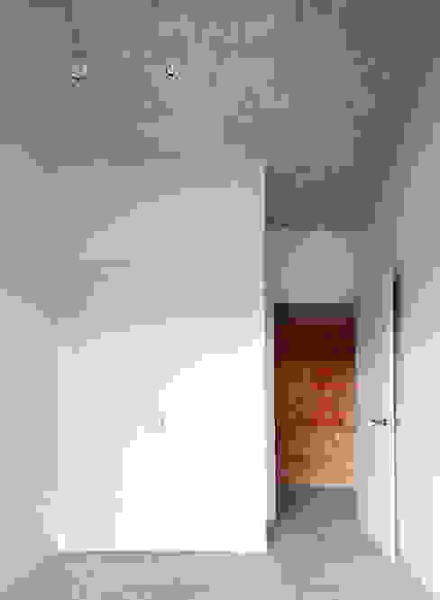 Barbacoa house Dormitorios de estilo industrial de Pepe Gascón arquitectura Industrial