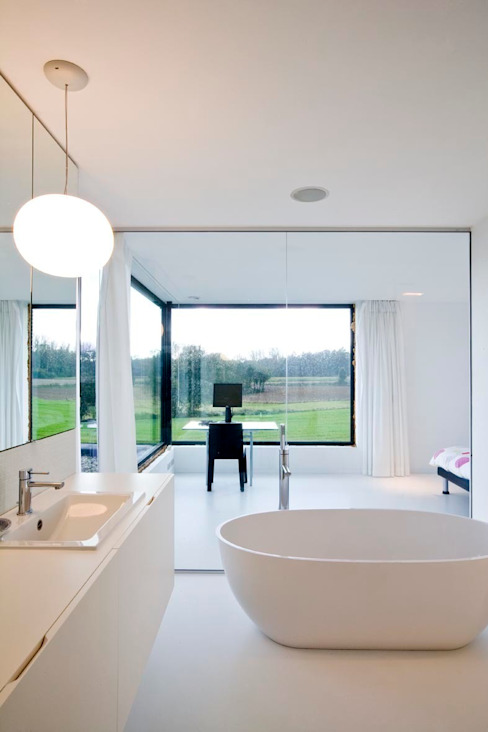 hasa architecten bvba Modern style bathrooms