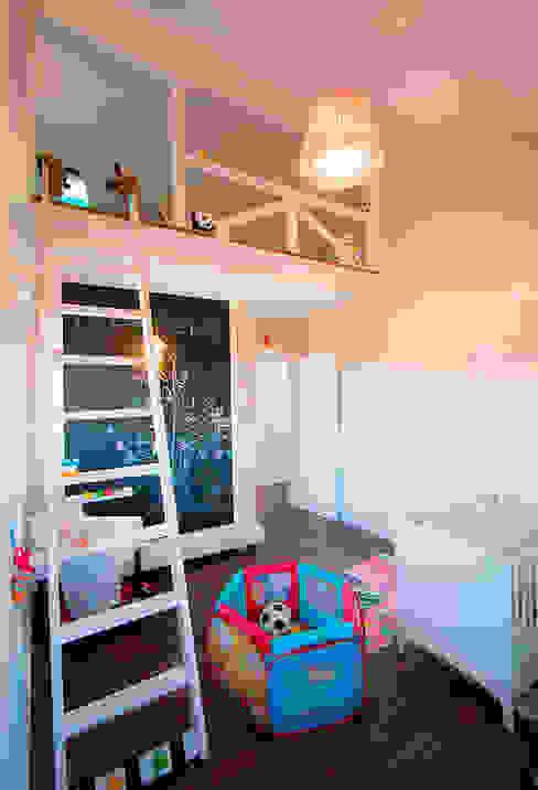 Dormitorio infantil Dormitorios infantiles de estilo clásico de Canexel Clásico
