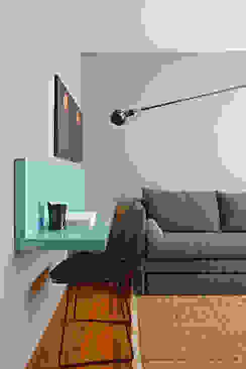 ผสมผสาน  โดย Nara Cunha Arquitetura e Interiores, ผสมผสาน