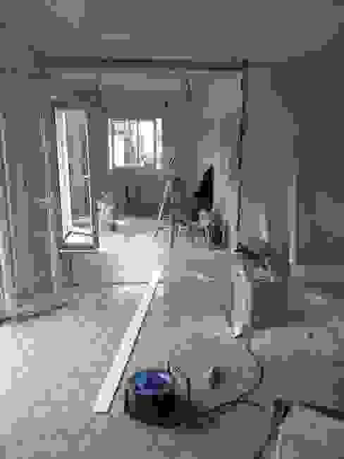 Rénovation d'une cuisine et ouverture sur le séjour par Pauline VIDAL - Architecte d'Intérieur CFAI