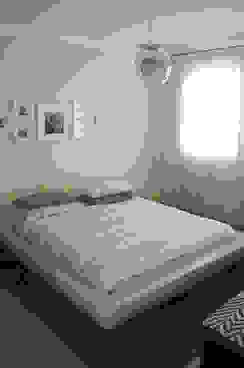 Bifamiliare Camera da letto moderna di studio 2a+g Moderno