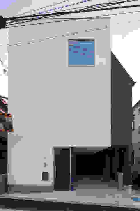 Rumah Modern Oleh 株式会社 建築集団フリー 上村健太郎 Modern