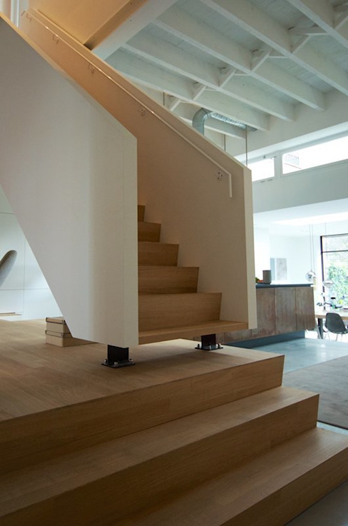 Bennebroekstraat, Amsterdam Moderne gangen, hallen & trappenhuizen van Bendien/Wierenga architecten Modern