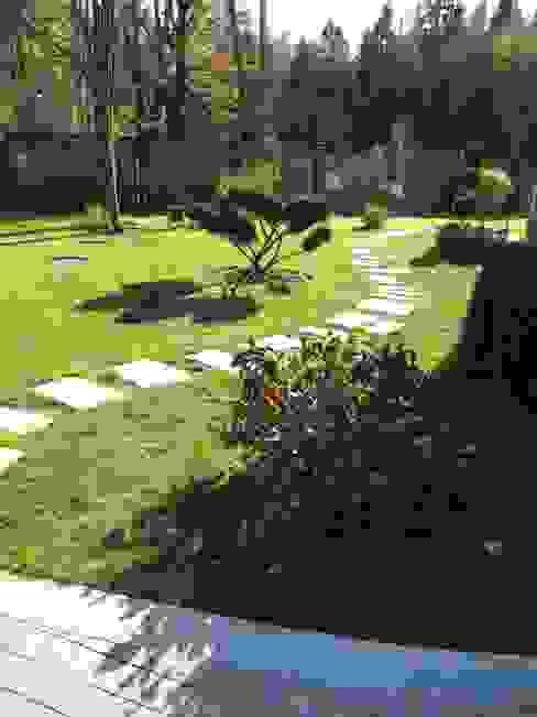 Загородный дом: Сады в . Автор – Leonid Voronin Architect