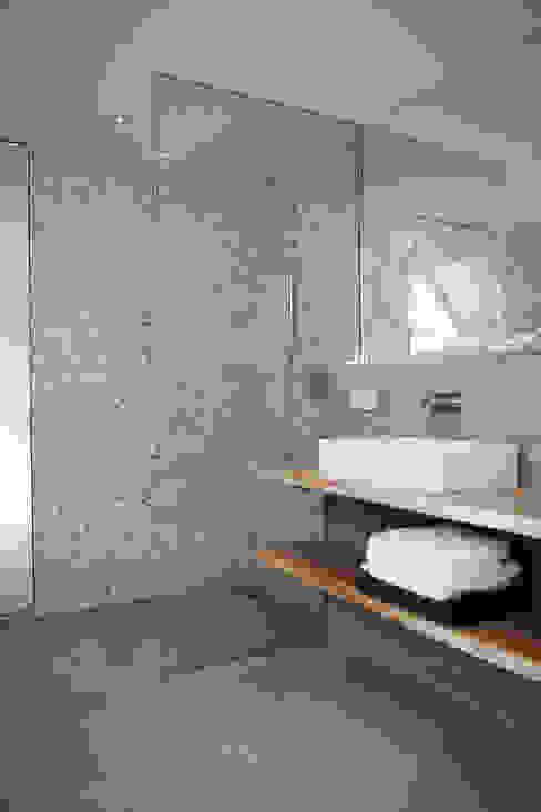 Vakantiehuis Schiermonnikoog: modern  door Binnenvorm, Modern