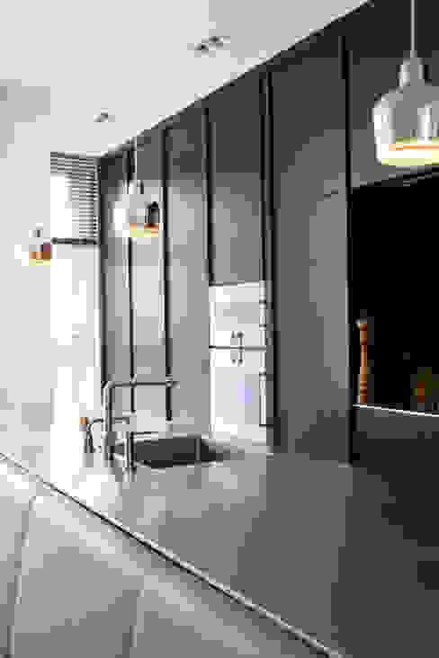 Familiehuis, Amsterdam Zuid Moderne keukens van Binnenvorm Modern