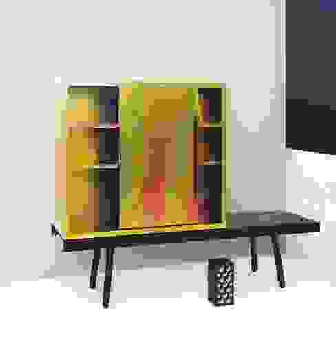 Tauber Cabinet - Pulpo: industriell  von ANCHOVI,Industrial