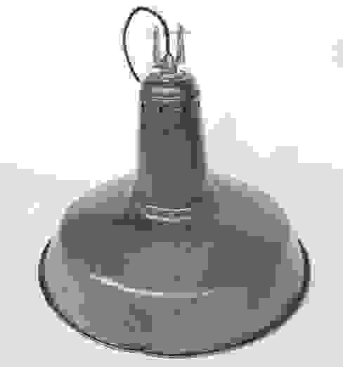 Lámpara Industrial:  de estilo industrial de NORTH SWEET, Industrial