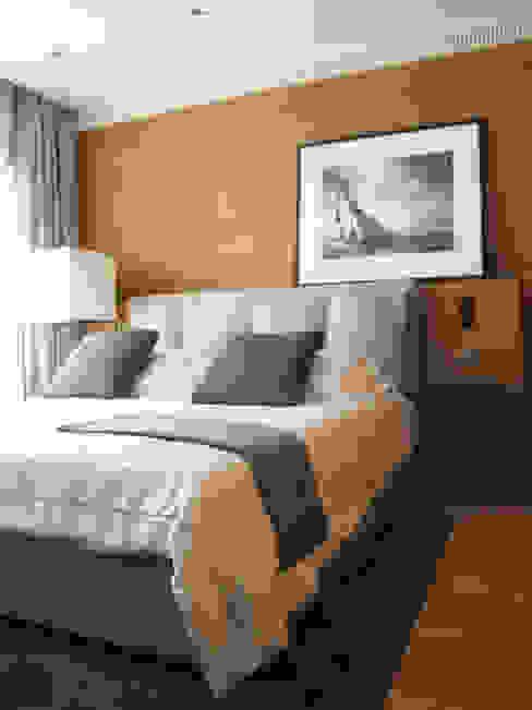 """Villa """"La Magnaneraie"""" – Villefranche-sur-mer Camera da letto moderna di C.A.T di Bertozzi & C s.n.c Moderno"""