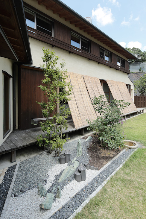 Projekty,  Ogród zaprojektowane przez 和泉屋勘兵衛建築デザイン室, Azjatycki