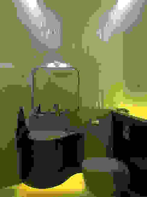 Дизайн студия Александра Скирды ВЕРСАЛЬПРОЕКТ Eclectic style bathroom