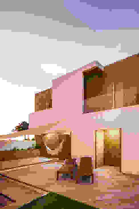 SilverWoodHouse Moderne Häuser von Joao Morgado - Architectural Photography Modern