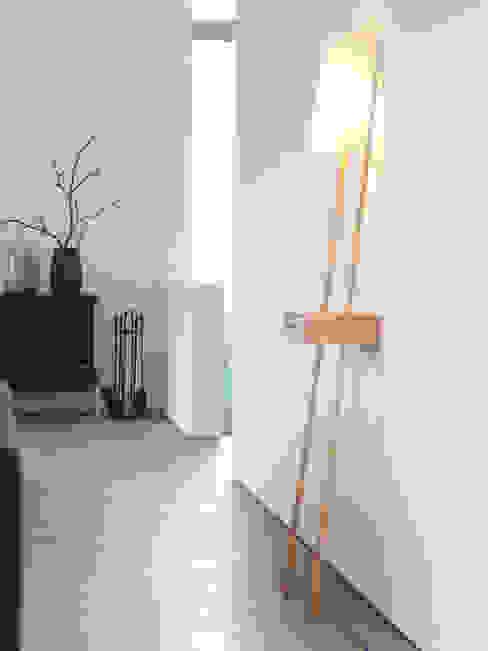 Corridor, hallway & stairs by Designort
