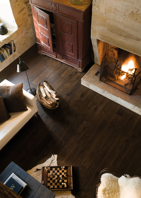 Old White Oak Dark:  Walls & flooring by Quick-Step,