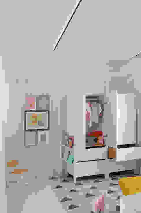 Dormitorios infantiles de estilo minimalista de 2G.arquitectos Minimalista